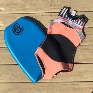 Roxy Coral & Black Wetsuit Swimsuit like new!
